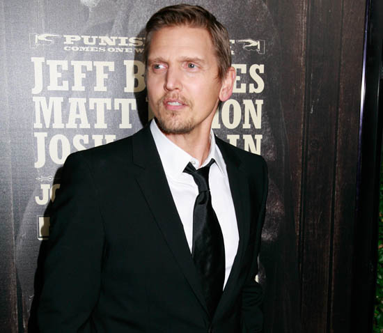 barry pepper height