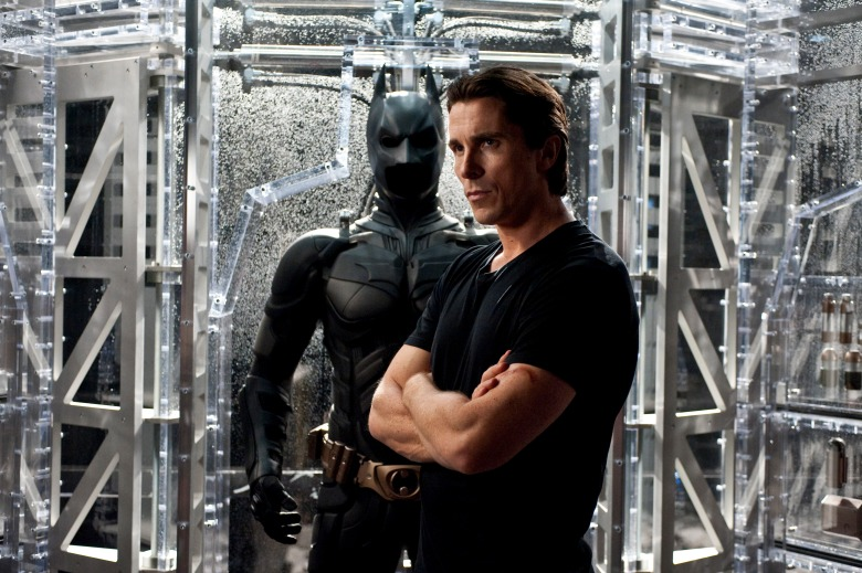 Review The Dark Knight Rises Brings Christopher Nolan S
