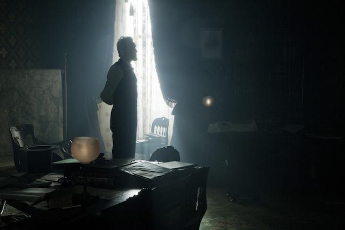 Lincoln,' 'Django Unchained' Lead 2013 Golden Globe