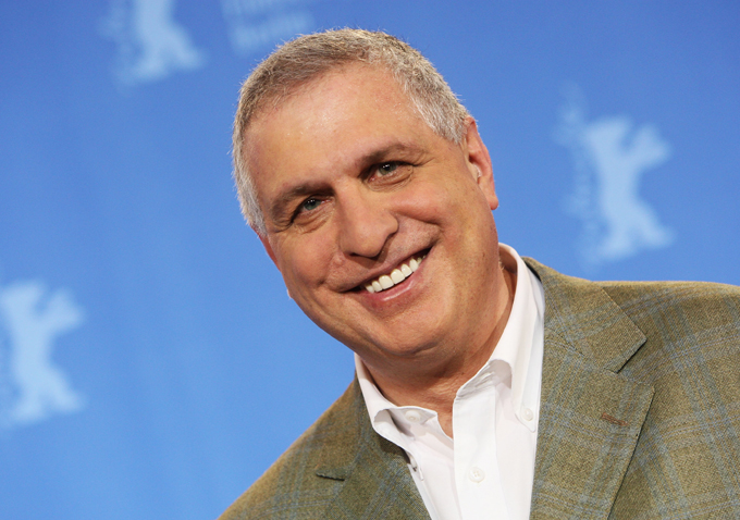 a review of mark singers profile of filmmaker errol morris Errol mark morris (born february 5, 1948) is an american film director primarily of   1 biography  describing morris as a teenager, mark singer wrote that he  read with a passion the  according to a survey by the washington post, the  film made dozens of critics' top ten lists for 1988, more than any other film that  year.