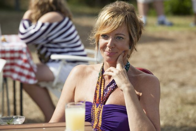 Allison Janney on Playing a Motormouth in 'The Way, Way Back,' Her Upcoming CBS Sitcom 'Mom,' and What She Binge Watches