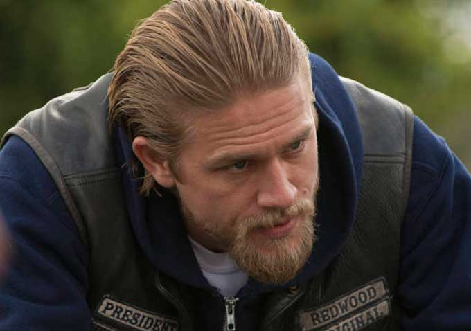 Charlie Hunnam Cast as Christian Grey in 'Fifty Shades of Grey' Film Adaptation