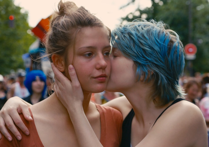 "'Blue Is The Warmest Colour': Lea Seydoux Felt Like A ""Prostitute,"" Director Says Sex Scenes Didn't Go Far Enough"