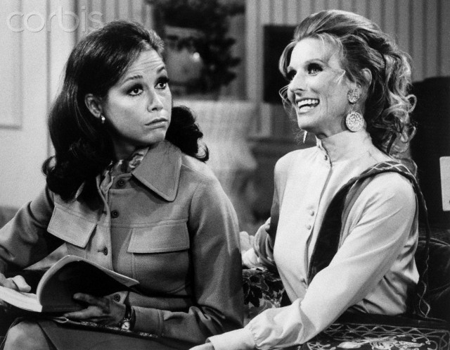 How the mary tyler moore show got women s stories just right indiewire - Mary tyler moore show ...