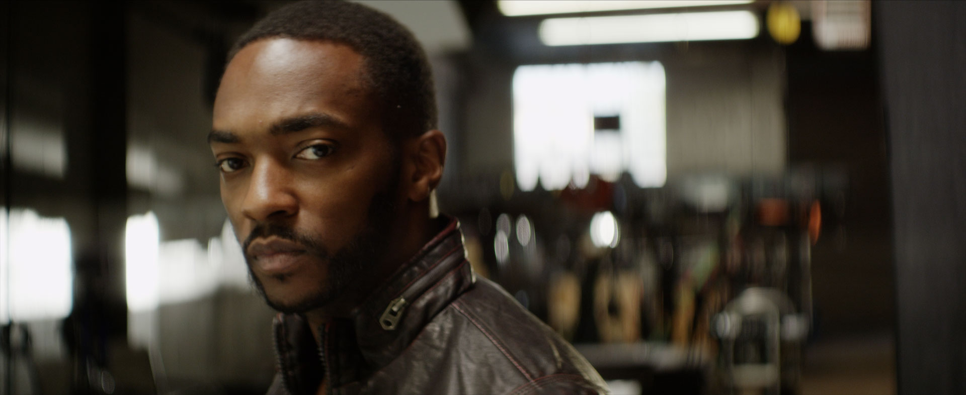 http://www.indiewire.com/wp-content/uploads/2014/05/anthony-mackie-a-girl-a-gun.0000664.jpg