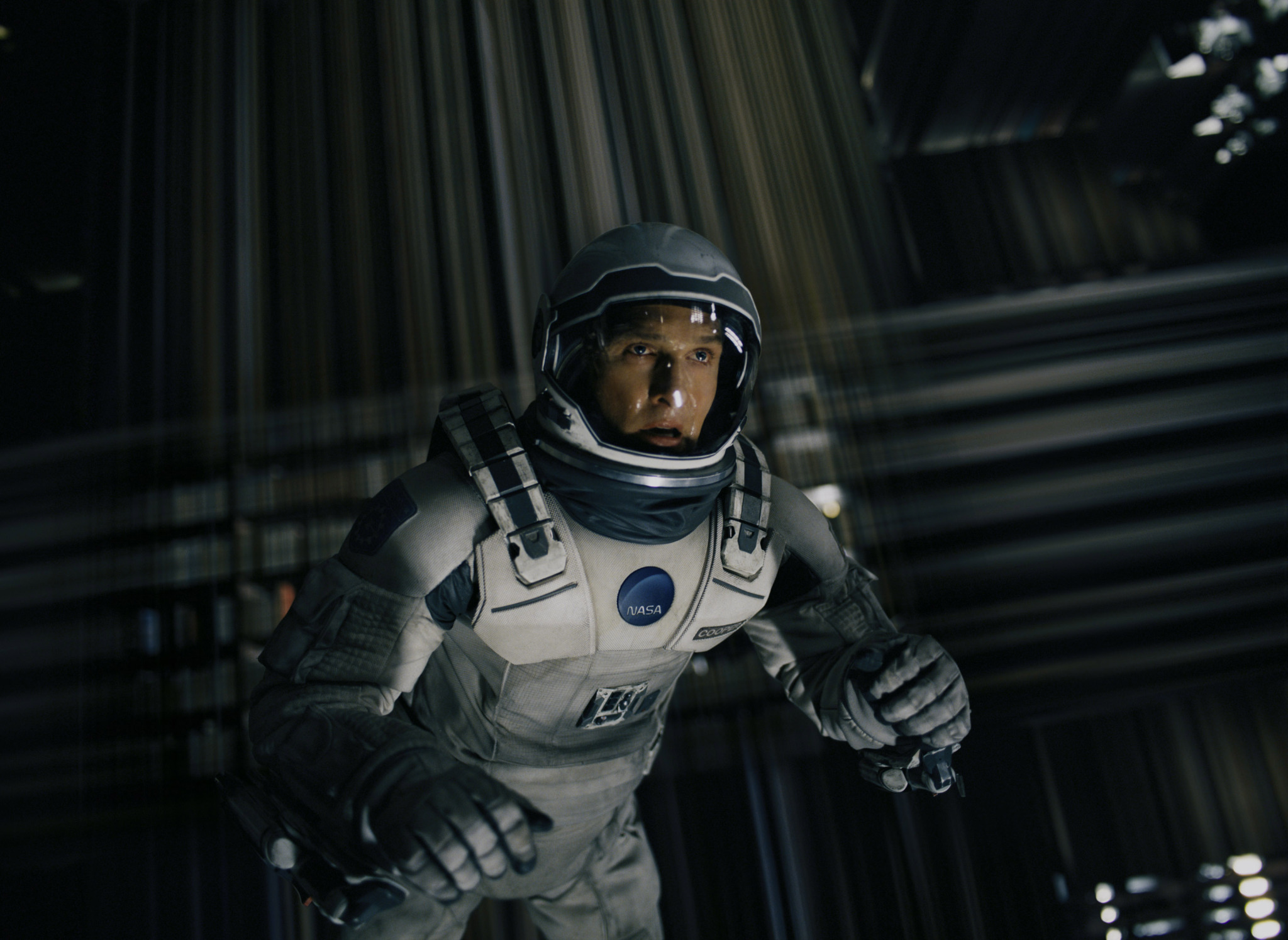 inside the making of the spectacular tesseract in interstellar