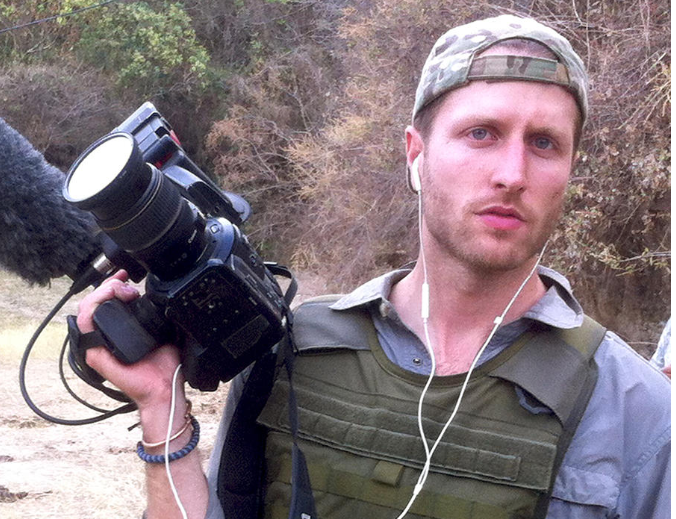 "Matthew Heineman Shooting ""Cartel Land"""