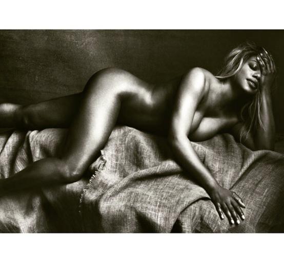 magazine allure cox Laverne nude