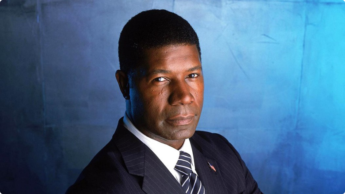 dennis haysbert allstate salary
