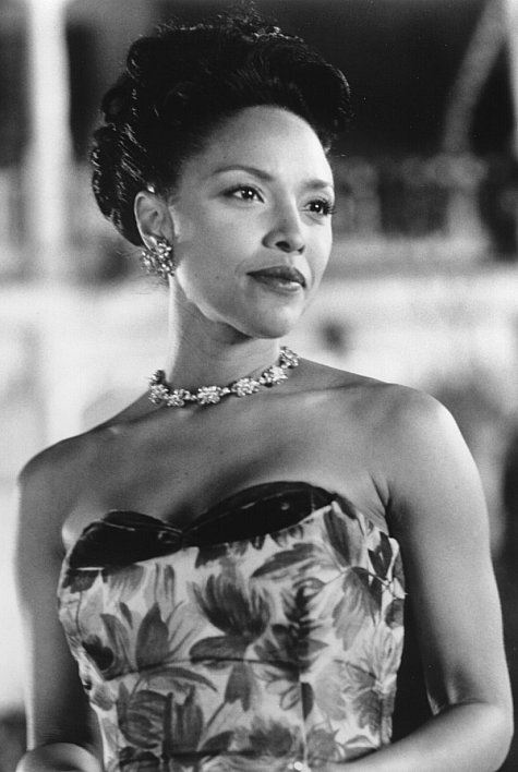 lynn whitfield ethnicity