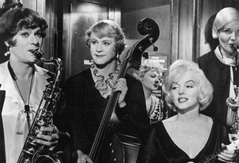 some like it hot narrative Some like it hot is a 1959 american romantic comedy film set in 1929, directed and produced by billy wilder, starring marilyn monroe, tony curtis, and jack lemmon.