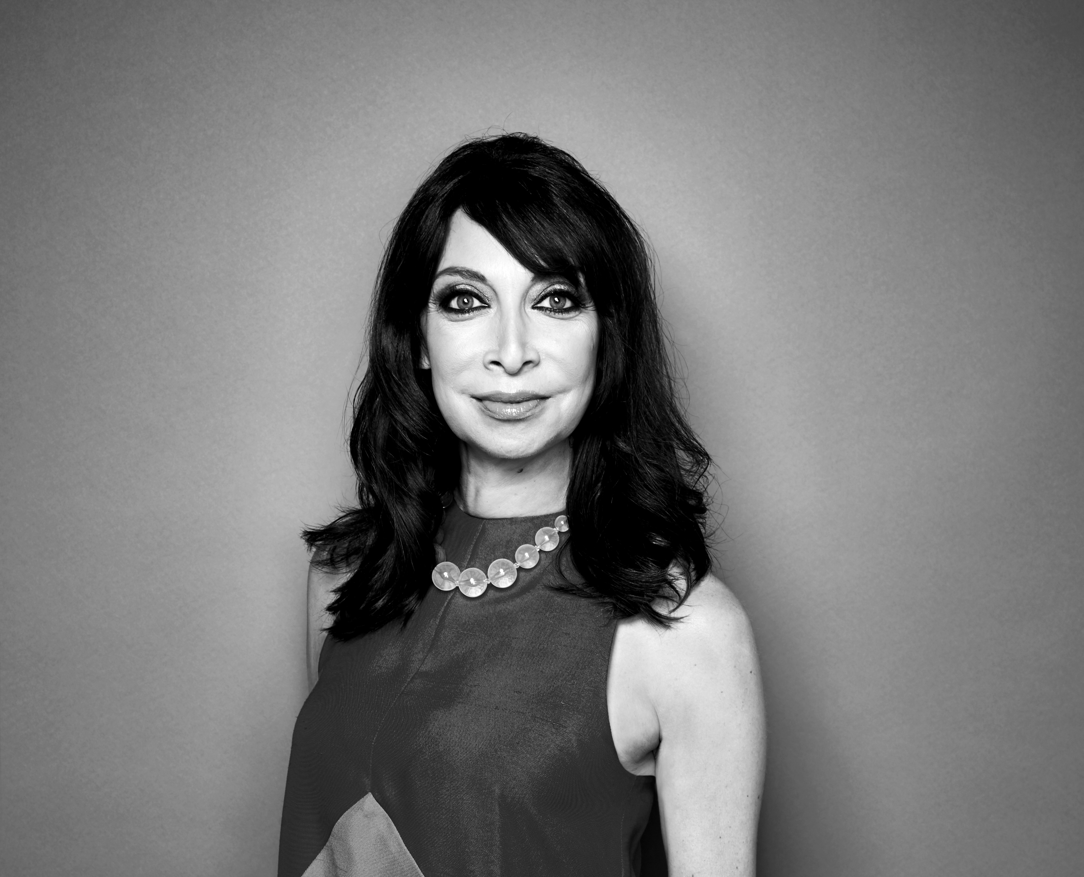 Illeana Douglas Illeana Douglas new photo