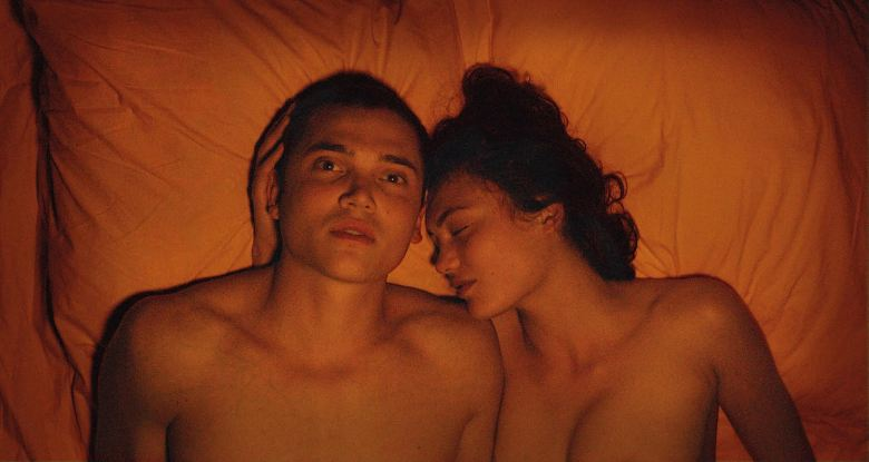 Springboard: Karl Glusman on the Fear and Freedom of Shooting Gaspar Noé's  3D 'Love' Sex Scenes | IndieWire
