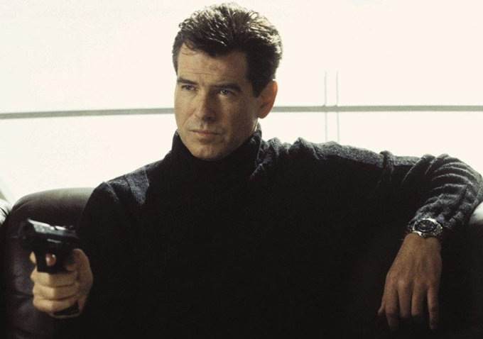 pierce brosnan says he was �kicked to the curb� after �die