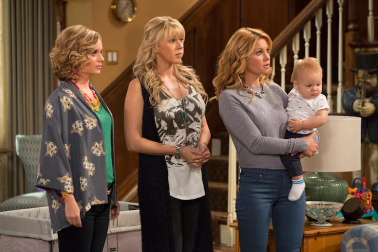 Review: 'Fuller House' Season 1 Isn't Bad Because It Wants