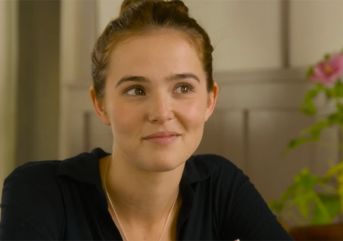 party with everybody wants some star zoey deutch in. Black Bedroom Furniture Sets. Home Design Ideas