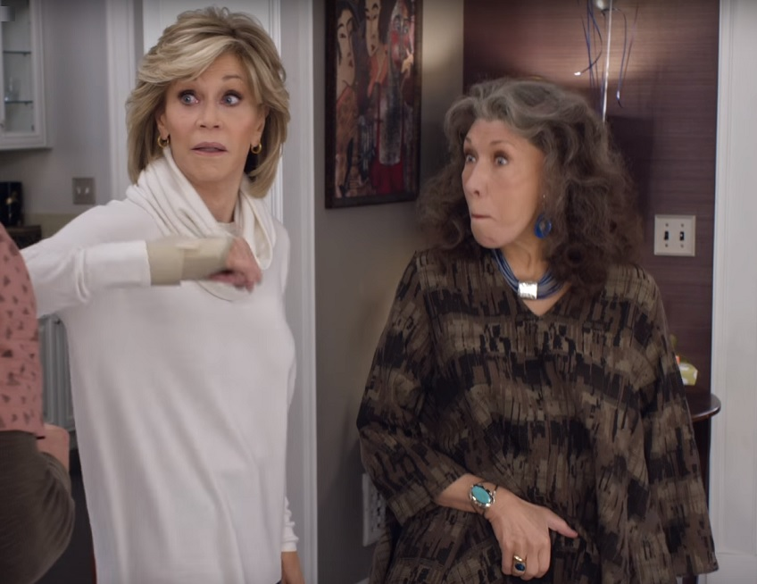 trailer watch lily tomlin and jane fonda talk vibrators and booze in grace and frankie season. Black Bedroom Furniture Sets. Home Design Ideas