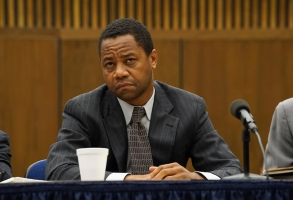 "THE PEOPLE v. O.J. SIMPSON: AMERICAN CRIME STORY ""Manna From Heaven"" Episode 109 (Airs Tuesday, March 29, 10:00 pm/ep) -- Pictured: Cuba Gooding, Jr. as O.J. Simpson. CR: Byron Cohen /FX"