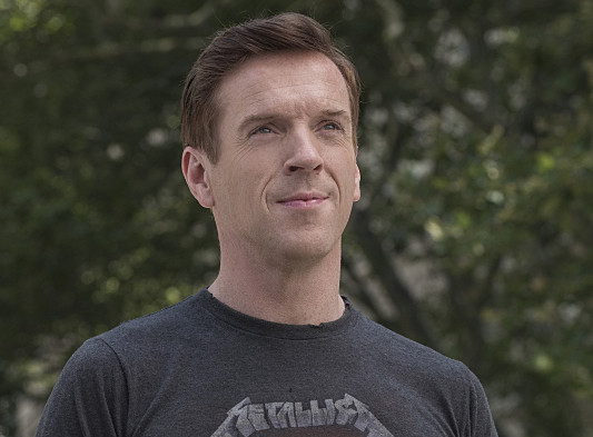 "Damian Lewis as Bobby ""Axe"" Axelrod in Billions (Season 1, Episode 2). - Photo: Jeff Neumann/SHOWTIME - Photo ID: Billions_102_0936.R"