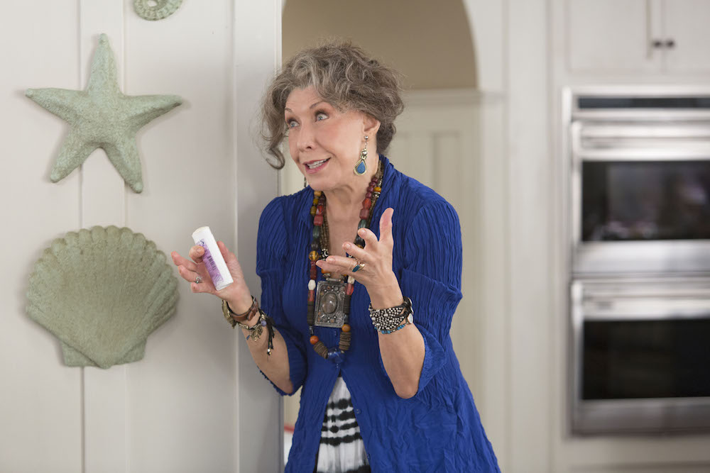 Grace and Frankie Season 2 Lily Tomlin