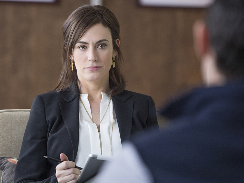 maggie-siff-in-billions-season-1.R
