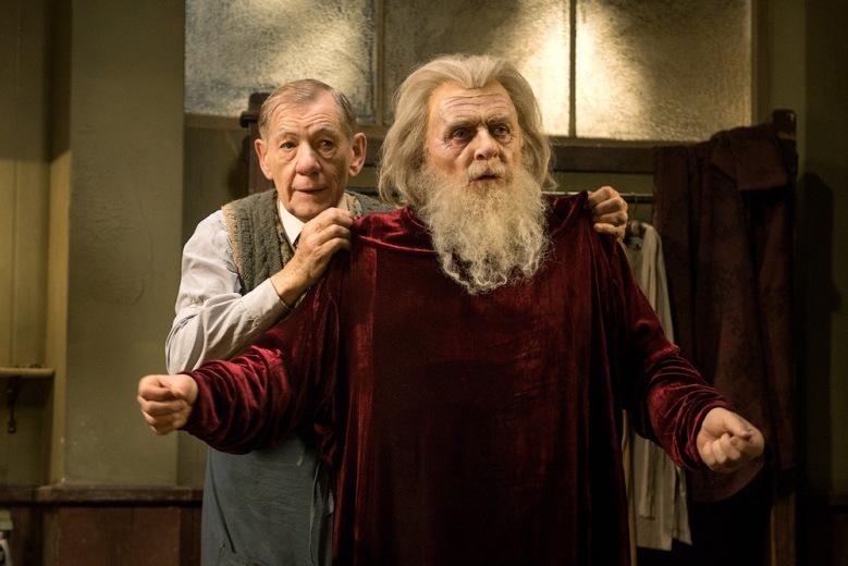 """Ian McKellen & Anthony Hopkins in """"The Dresser"""""""