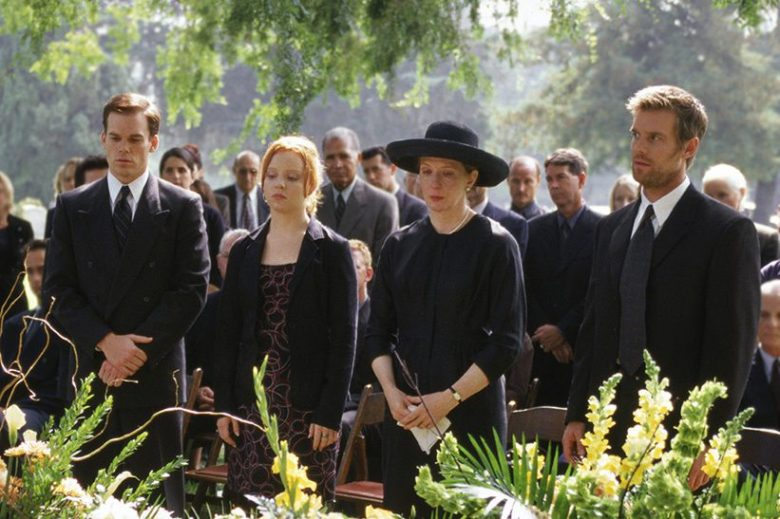 Six Feet Under Anniversary The 7 Episodes Peter Krause And Michael C Hall Remember Best