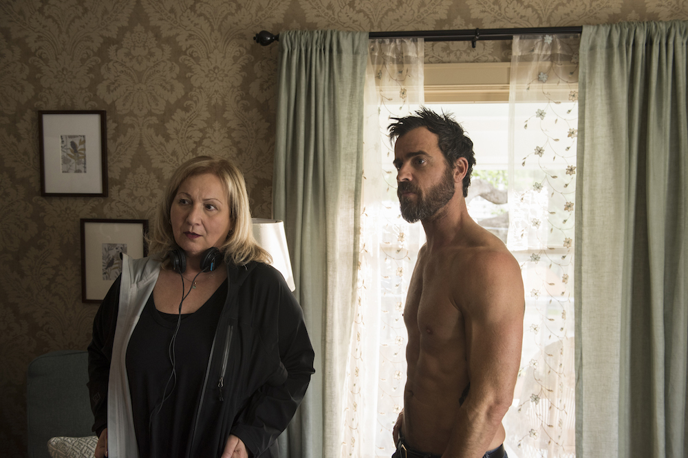 "Mimi Leder & Justin Theroux on the set of ""The Leftovers"" Season 3"