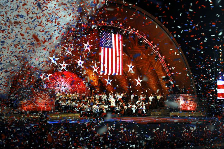 US_Navy_080704-N-4014G-541_Confetti_rains_down_at_the_completion_of_the_song