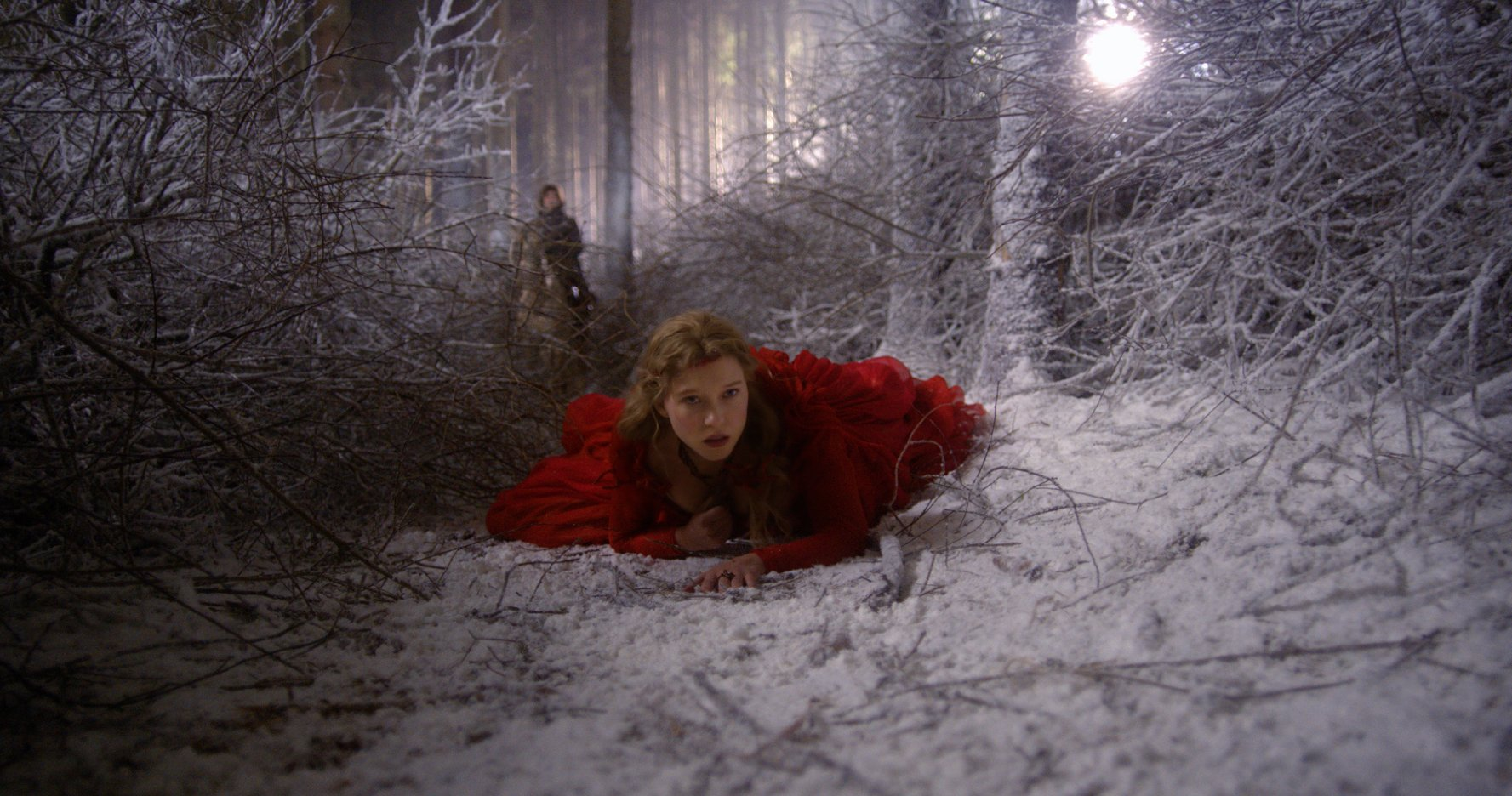 Beauty And The Beast Review Lea Seydoux Stars In Baffling Fairy Tale Indiewire