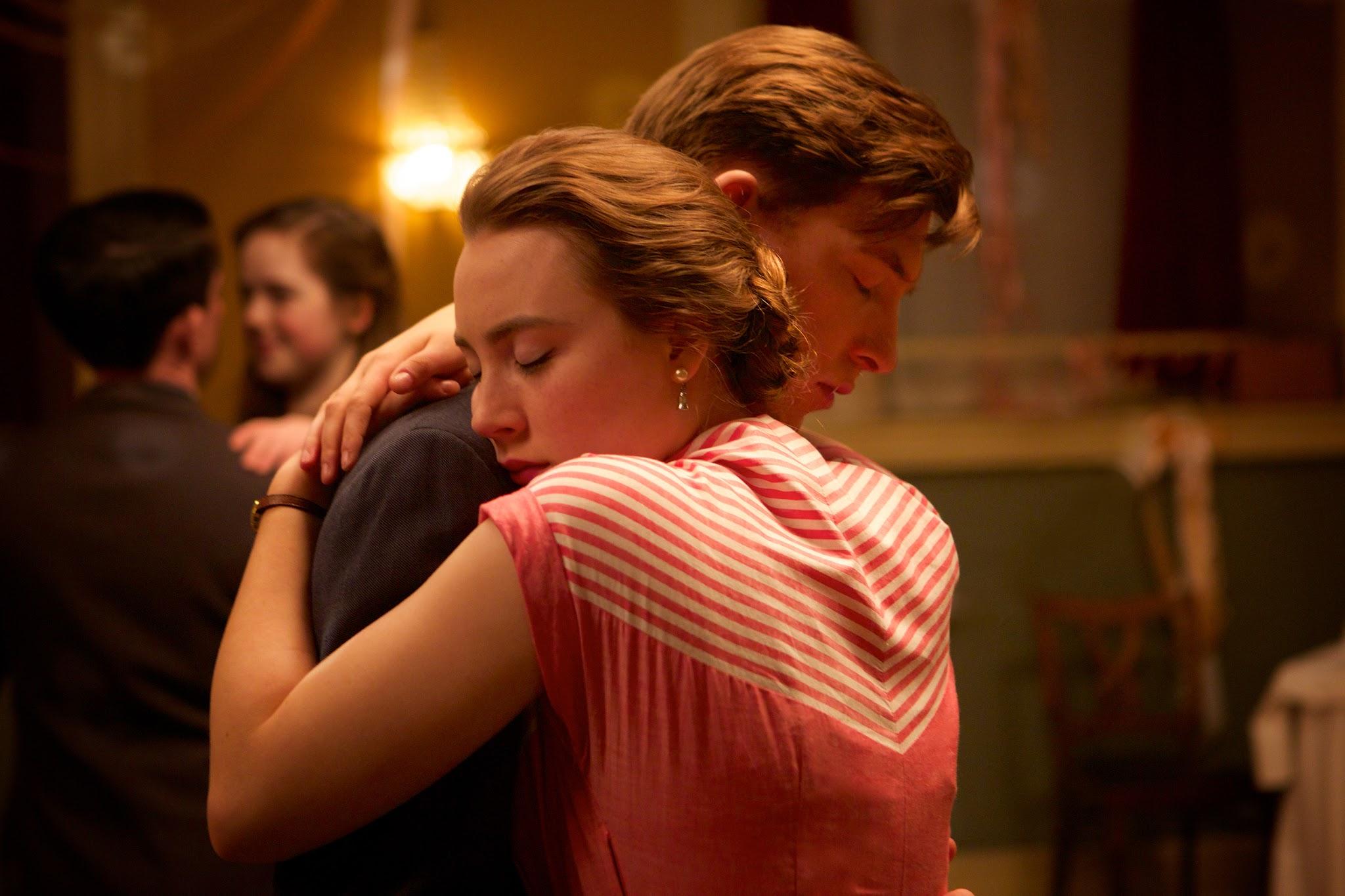 'Lady Bird' Star Saoirse Ronan to Accept Santa Barbara Award