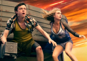 "Dane DeHaan and Cara Delevingne in ""Valerian."""