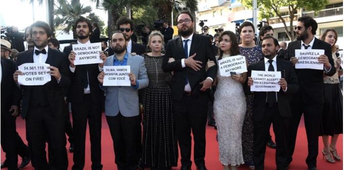 """""""Aquarius"""" protest at Cannes."""