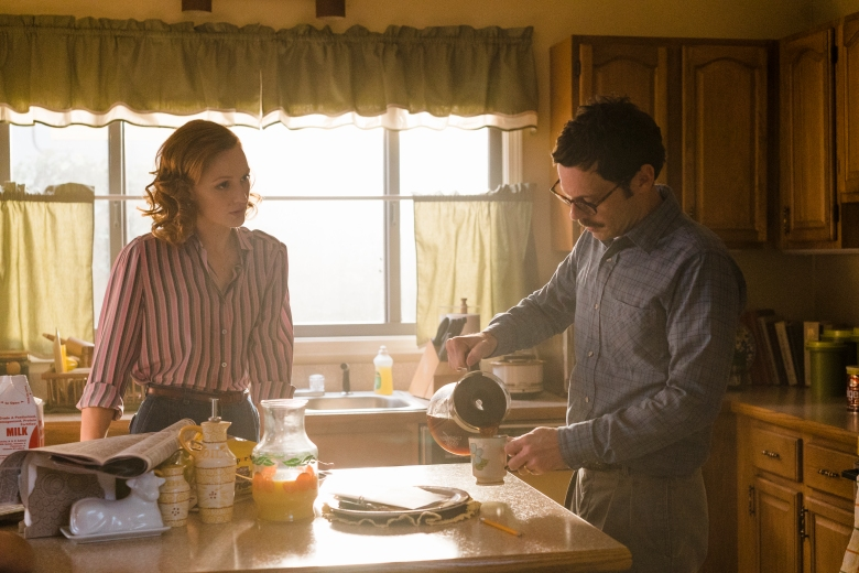 Kerry Bishé as Donna Clark, Scoot McNairy as Gordon Clark - Halt and Catch Fire _ Season 3, Episode 1 - Photo Credit: Tina Rowden/AMC