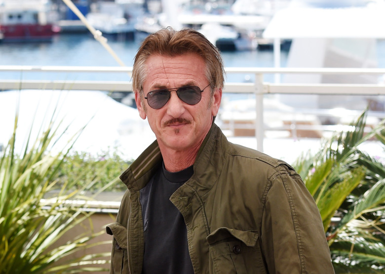 sean penn pens essay about trump s win and castro s death indiewire sean penn