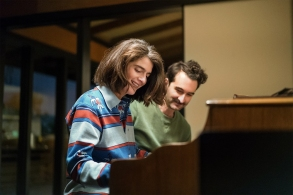 Transparent Season 3 Gaby Hoffmann & Jay Duplass