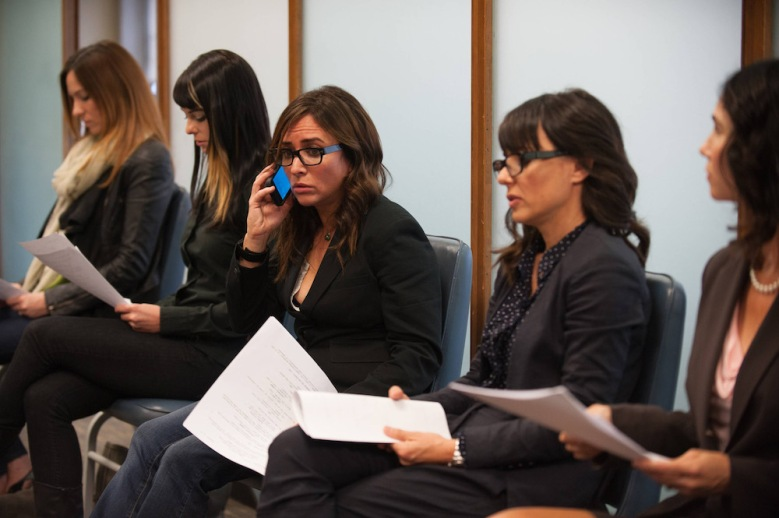 "BETTER THINGS ""Sam/Pilot"" Episode 1 (Airs Thursday, September 8, 10:00 pm/ep) -- Pictured: (center) Pamela Adlon as Pam"