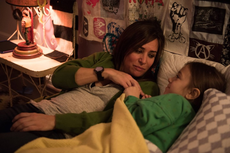 "BETTER THINGS ""Sam/Pilot"" Episode 1 (Airs Thursday, September 8, 10:00 pm/ep) -- Pictured: (L-R) Pamela Adlon as Pam, Olivia Edward as Duke)"