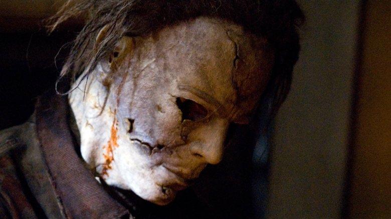 Halloween 2 Rob Zombie Mask.John Carpenter Trashes Rob Zombie S Halloween Remake