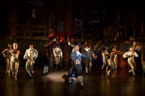 """Leslie Odom, Jr and the cast of """"Hamilton"""""""