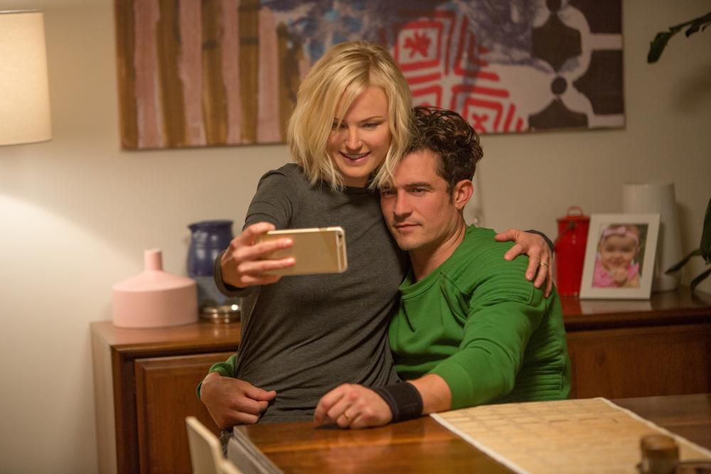 Easy Malin Akerman & Orlando Bloom Netflix