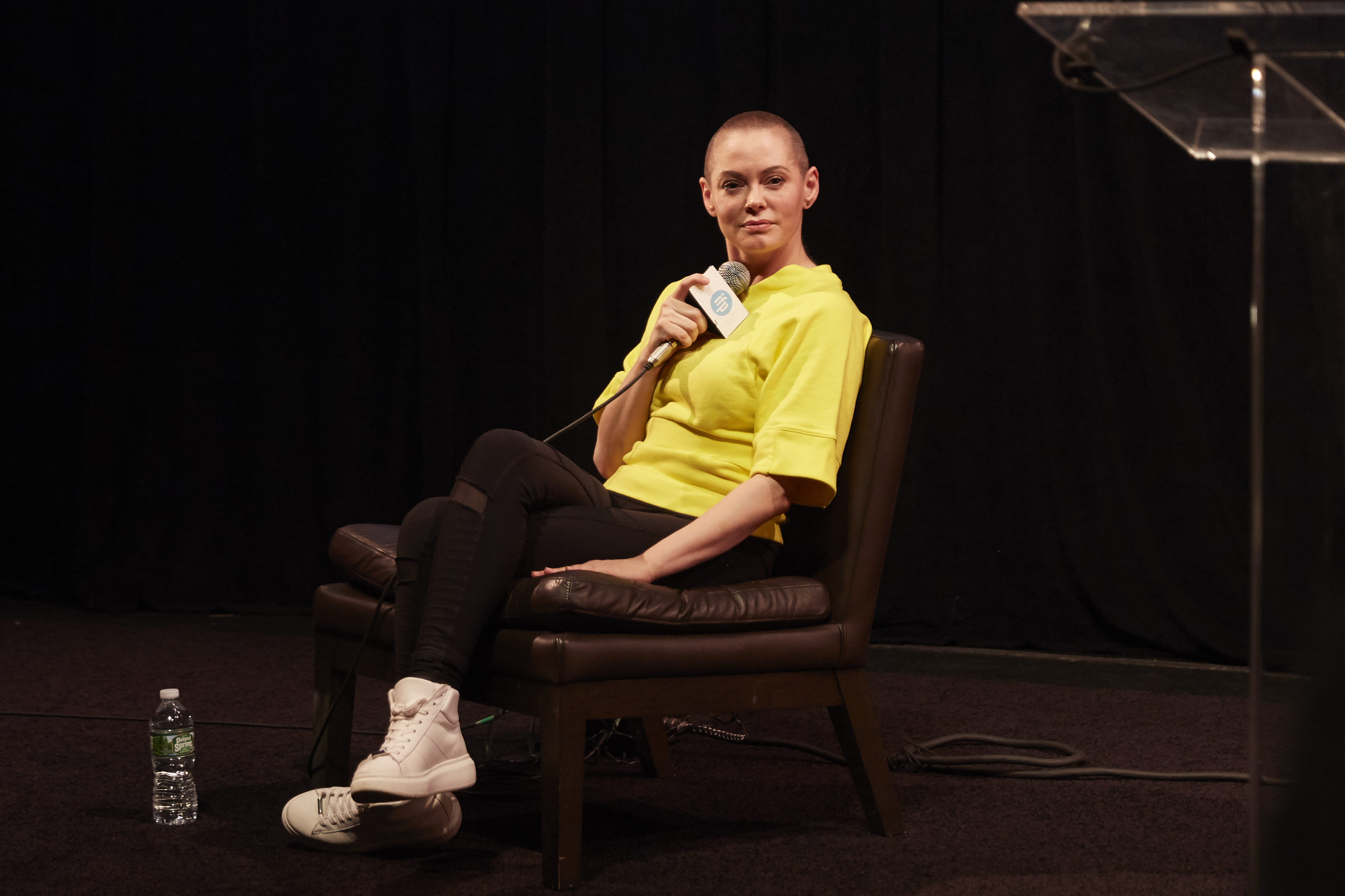 Rose mcgowan wrote and sold a tv show to amazon she will direct pilot indi - Television but solde ...