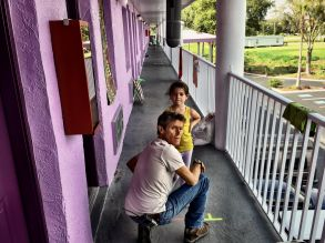 "Willem Dafoe & Brooklynn Prince in ""The Florida Project"""