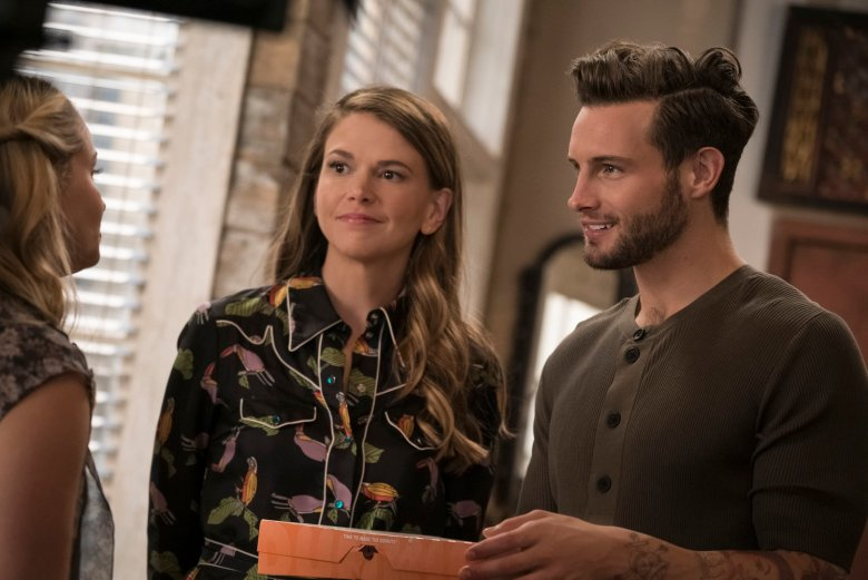 younger darren star on season 3 love triangle and more indiewire