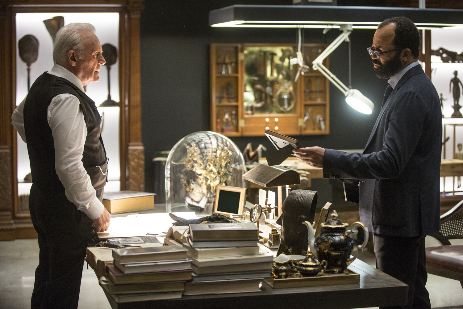 Westworld 103 Anthony Hopkins Jeffrey Wright
