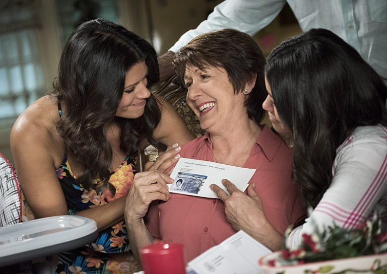 "Andrea Navedo, Ivonne Coll and Gina Rodriguez, ""Jane the Virgin"""