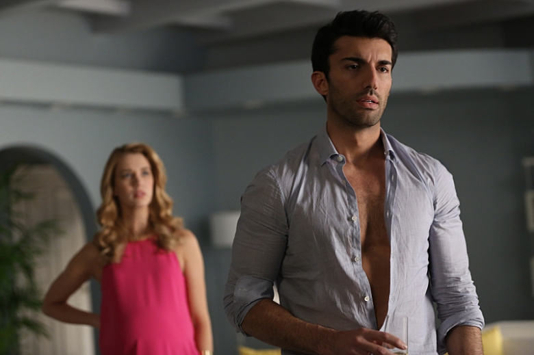 "Yael Grobglas and Justin Baldoni, ""Jane the Virgin"""