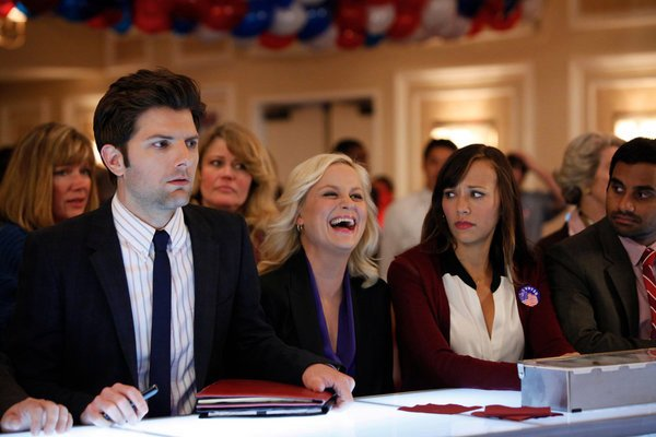 "PARKS AND RECREATION -- ""Win, Lose, or Draw"" Episode 422 -- Pictured: (l-r) Adam Scott as Ben Wyatt, Amy Poehler as Leslie Knope, Rashida Jones as Ann Perkins, Aziz Ansari as Tom Haverford"