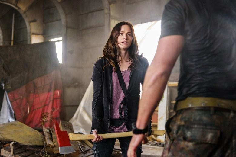 "VAN HELSING -- ""Stay Inside"" Episode 103 -- Pictured: Kelly Overton as Vanessa Van Helsing -- (Photo by: Dan Power/Helsing S1 Productions/Syfy)"
