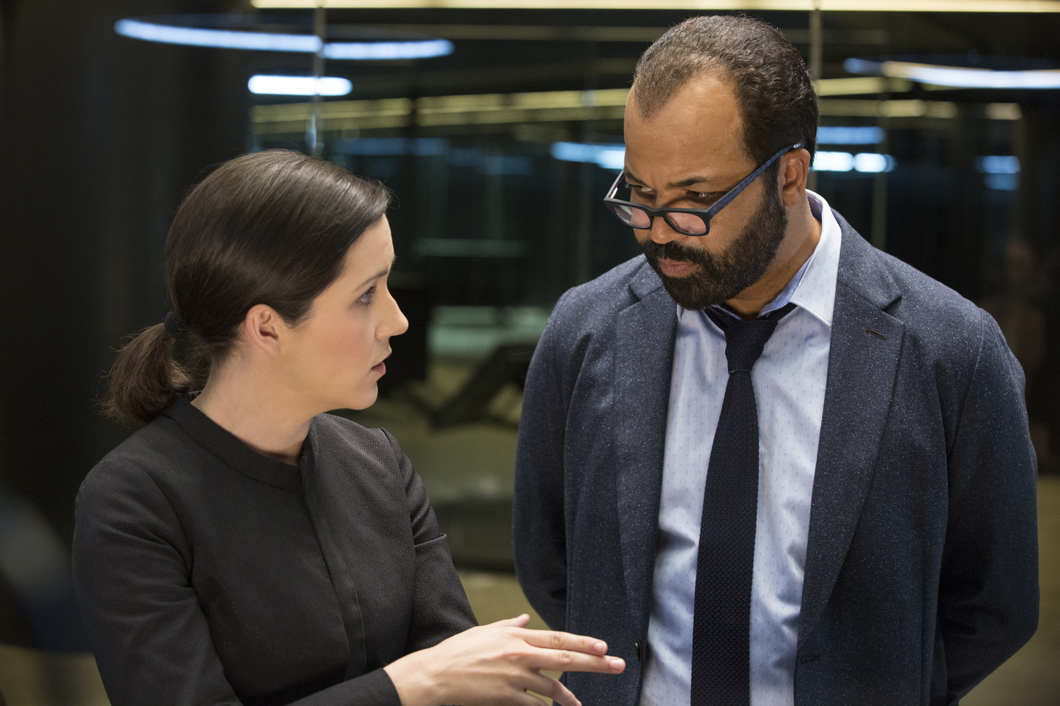 Westworld 103 - Shannon Woodward Jeffrey Wright
